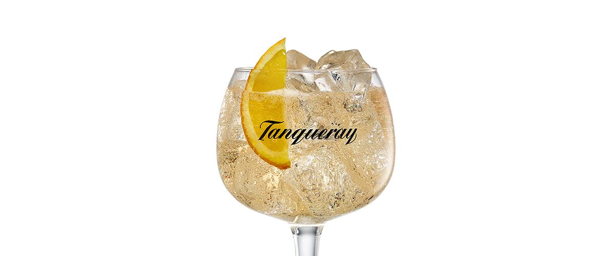 COCKTAIL TANQUERAY SEVILLA & TONIC
